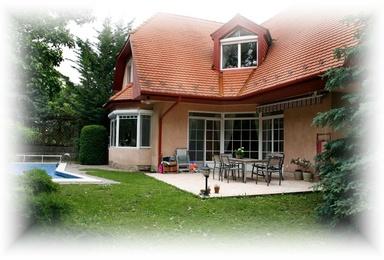 Einfamilienhaus luxus  Pinter Immobilien - Budapest III. Bezirk Luxus-Einfamilienhaus zu ...